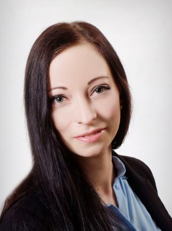 Nicole Weinhold